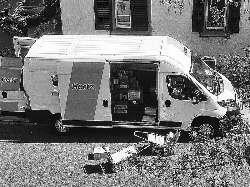 Die Post mietet Lieferwagen